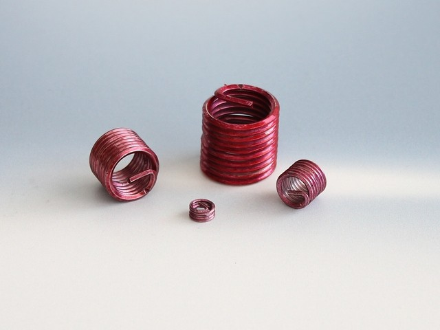 lockfil Wire thread insert self-securing